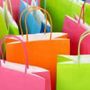 costasz150700020.jpg - close up of colorful paper shopping bags