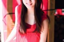 スーパー美少女・武井咲17歳 陽だまりの中の「最旬素顔」撮