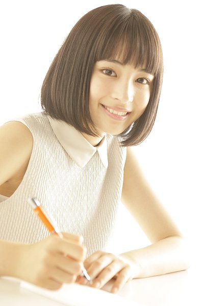 初めて万年筆を使った広瀬すず