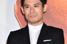 主人公・白方進を演じる伊藤淳史