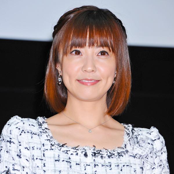 小林麻耶さんのYouTubeでのテンションの高さにも注目が集まった
