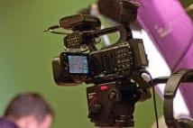 ネット動画サービス急成長も動くに動けないTVマンのトラウマ