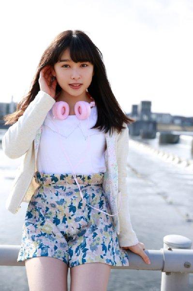 写真】20歳になった桜井日奈子、電車に乗っても気づかれない NEWSポストセブン - Part 2