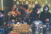上海超高級ホストクラブ 一晩30万円使う大銀行幹部の娘