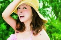 20年ぶりビキニの渡辺美奈代「アイドルに水着はマストです」
