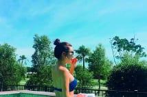 アン・シネのインスタ、大人気の秘密は水着含めて出す積極姿勢