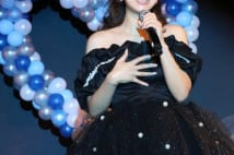 渡辺美奈代が長男・矢島愛弥が作詞した曲を披露