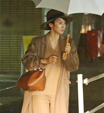 中谷美紀 隠れ家イタリアンで「ひとり飯」姿をキャッチ|NEWSポストセブン