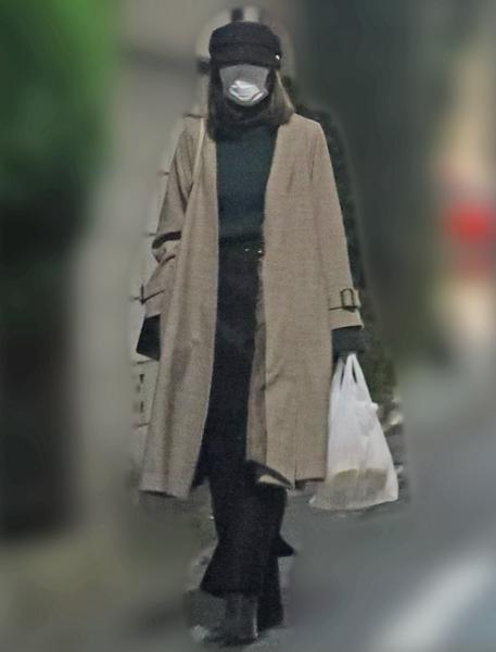 12月上旬、近所のスーパーで買い物をしていた桐谷