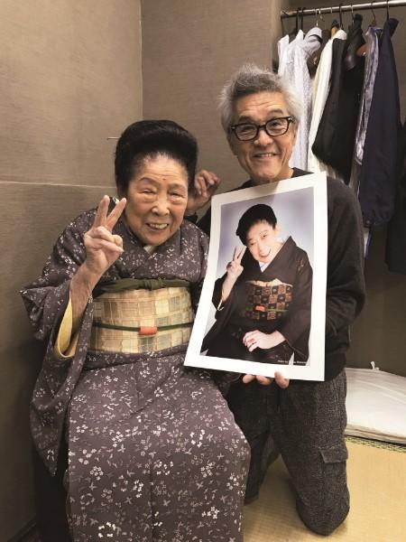 内海桂子さんの寿影も撮影した渡辺達生氏