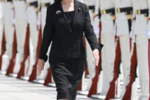 日本の女性政治家に「右寄り」が目立つのはなぜなのか