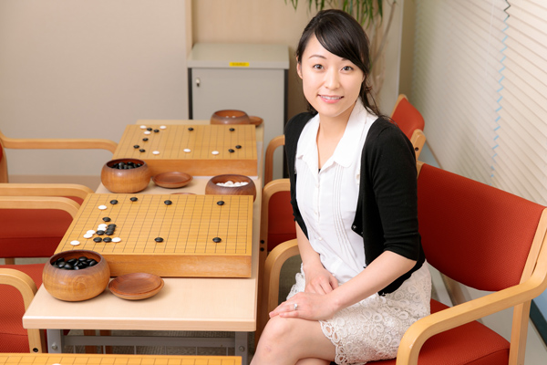 囲碁界の「小悪魔アイドル」がタイトル獲得 ブレイクの裏側|NEWS ...