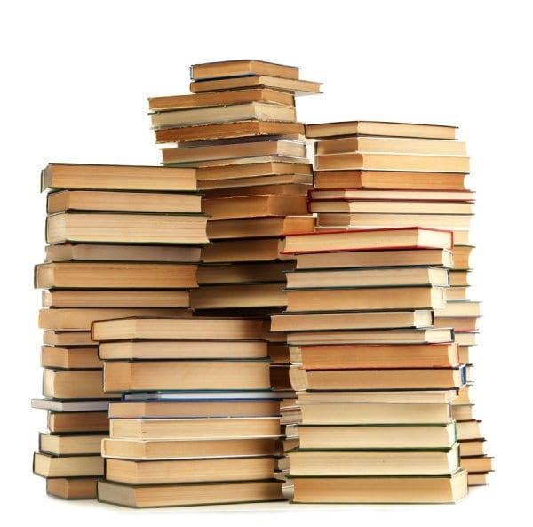 家庭の蔵書数が多いほど子供は算数が得意に(写真/アフロ)