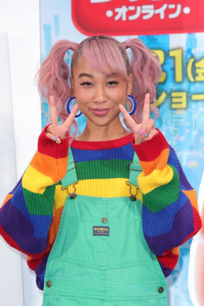 青山テルマが選ぶ今年の漢字は「絆」に決定 NEWSポストセブン