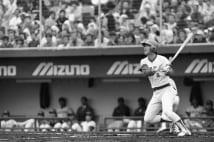 本塁打数歴代4位の「ミスター赤ヘル」こと山本浩二もランクインせず(写真:時事通信フォト)