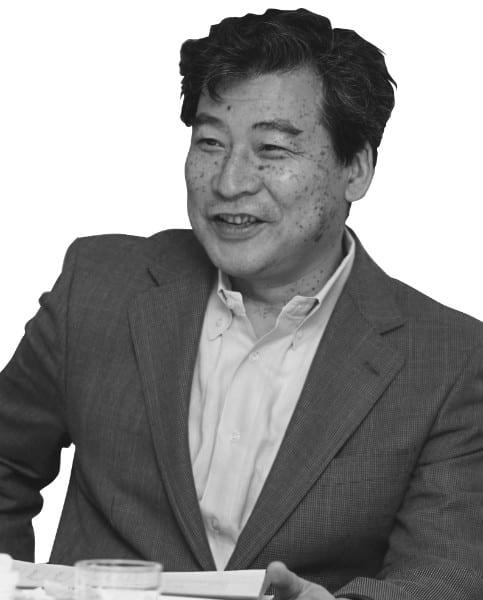 作家の関川夏央氏