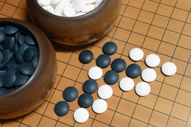 「右脳」と「左脳」を両方使う囲碁