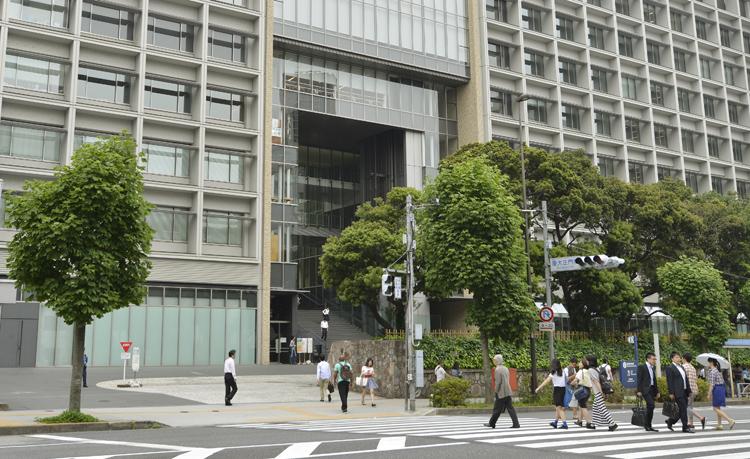 女子高からの合格者が多い慶應大学(三田キャンパス/時事通信フォト)