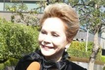 デヴィ夫人事務所から横領 元経理担当に実刑判決 東京地裁