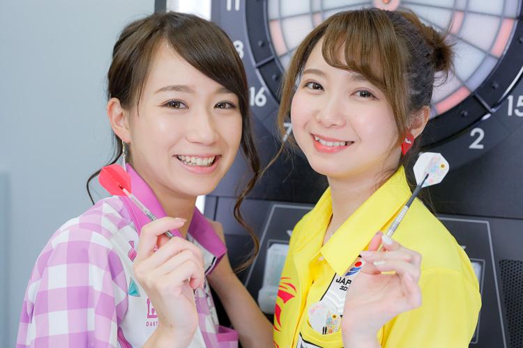 森田真結子選手(右)と上原泰子選手