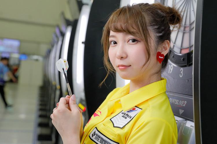 ダーツ界のNo.1アイドル「マヨンヌ」こと森田真結子選手