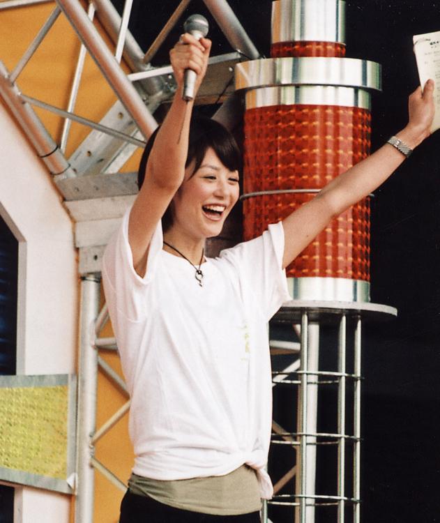 夏目三久は『全国高等学校クイズ選手権』で司会を務めた(2007年日本テレビ入社)