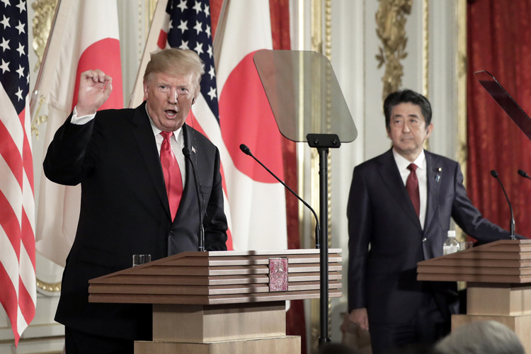 異例のもてなしで招いたトランプ米大統領だが…(AFP=時事)