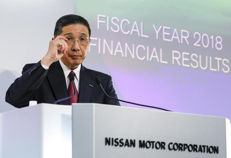 社長続投で「立て直しを進める」と意気込む西川廣人氏だが…(EPA=時事)