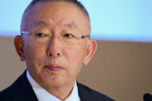 ユニクロ柳井氏、息子への禅譲を否定してきたが方針転換近いか