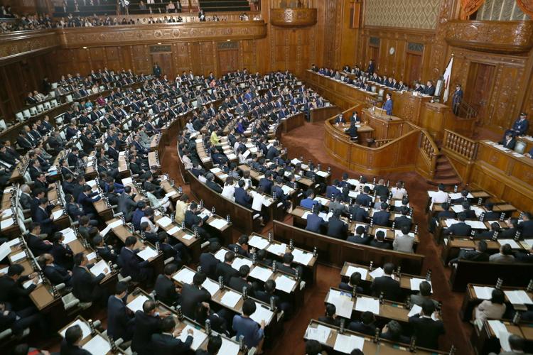 給料 世界 国会議員 国会議員報酬世界ランキング:日本の議員給料は高すぎる?【国際比較】