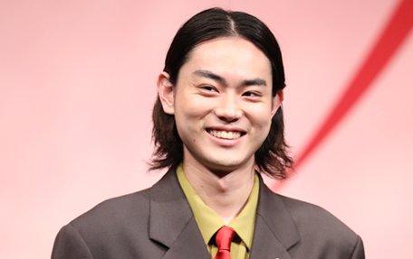 菅田、二宮、生田…洗濯洗剤CMに男性タレント急増、その狙い
