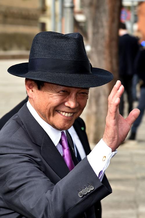 「福岡の炭鉱王」の御曹司として育った(AFP=時事)