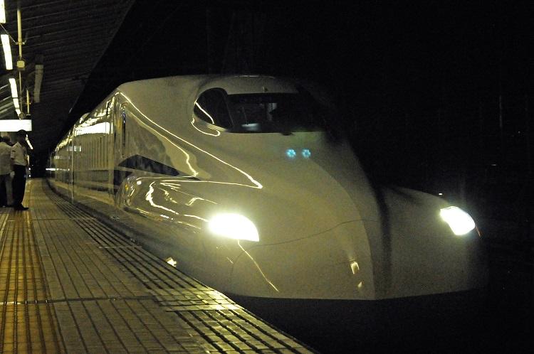 6月6日の終電後に、N700Sの速度向上試験が報道陣にむけて実施された