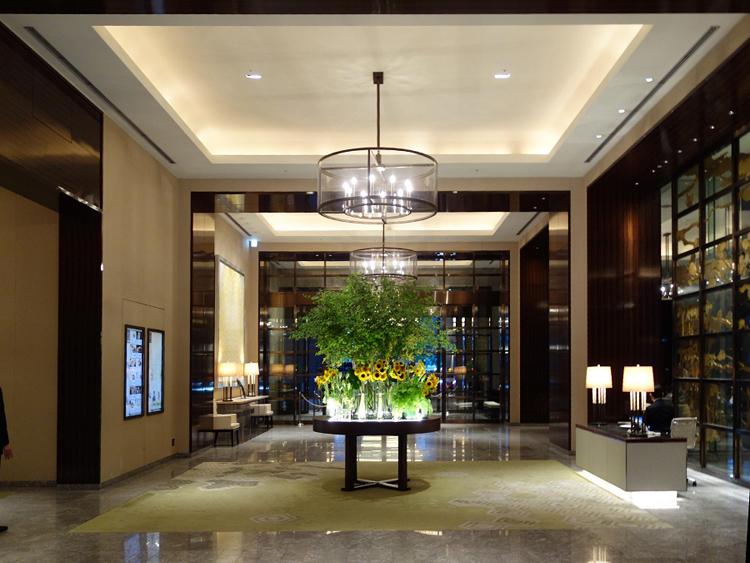 豪華絢爛なロビー(パレスホテル東京)