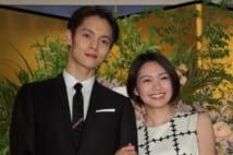 NHK連続テレビ小説『エール』で夫婦役を演じる窪田正孝と二階堂ふみ