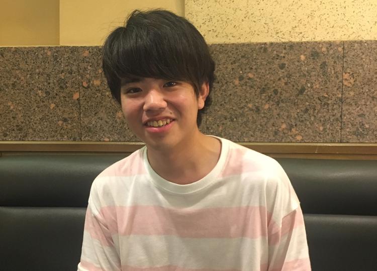 早稲田大学文学部3年生の篠塚康介くん