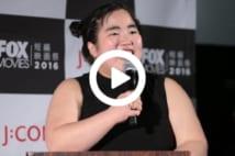 【動画】ゆりやんの完璧な英語がアメリカ人の心を掴んだ