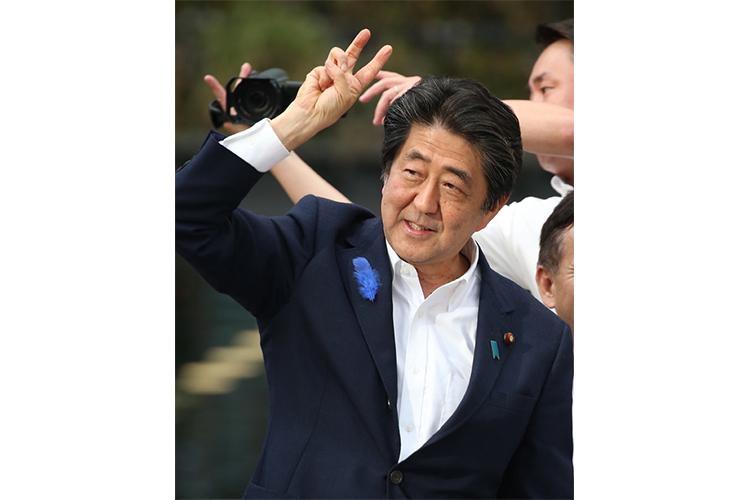 安倍首相嫌いの朝日新聞 誤報で赤っ恥の上に塩を送る結果に