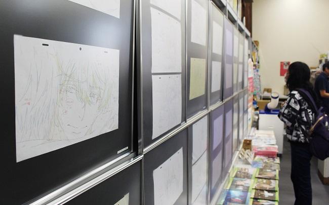 徳島の書店で開催されている京都アニメーション作品の原画展(時事通信フォト)