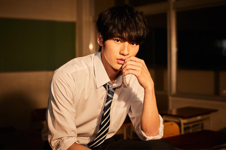 俳優デビュー作『中学聖日記』で一躍、時の人となった岡田健史