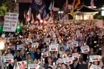 過去の日本への批判と現在の問題が混線している