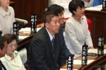 参院本会議場で着席するNHKから国民を守る党の立花孝志参院議員(時事通信フォト)
