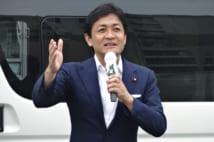 街頭演説する国民民主党の玉木雄一郎代表(時事通信フォト)