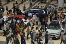 来場者数が全盛期の半分以下になってしまった東京モーターショー(時事通信フォト)