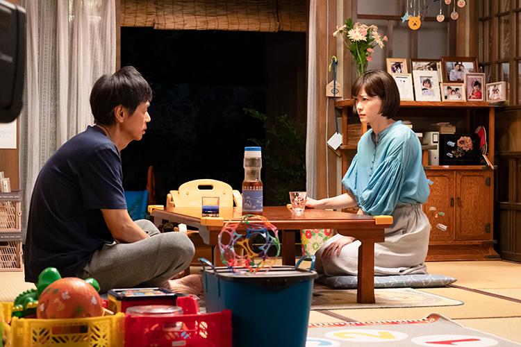 最終章に突入した月9『朝顔』のセットには実際につぐみ役の加藤柚凪が描いた絵も