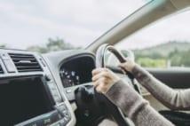 あおり運転が怖い… 運転しなくなった「自発的ペーパードライバー」たちの本音