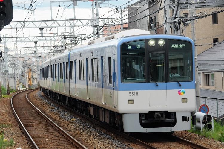 路面電車を走らせていた阪神電鉄は地上区間が多い