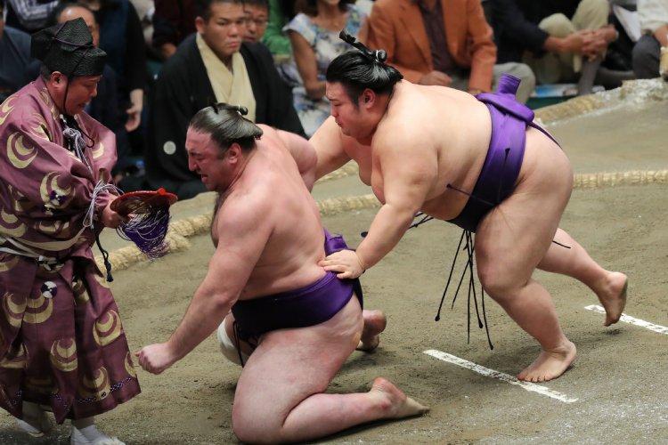 貴景勝と栃ノ心、2横綱休場の秋場所で明暗分かれたワケ NEWSポストセブン