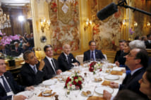 オバマ大統領とオランド大統領(写真/ロイター/アフロ)