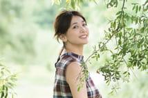 温泉撮影に挑んだ山崎真実のグラビア 緑に囲まれて…